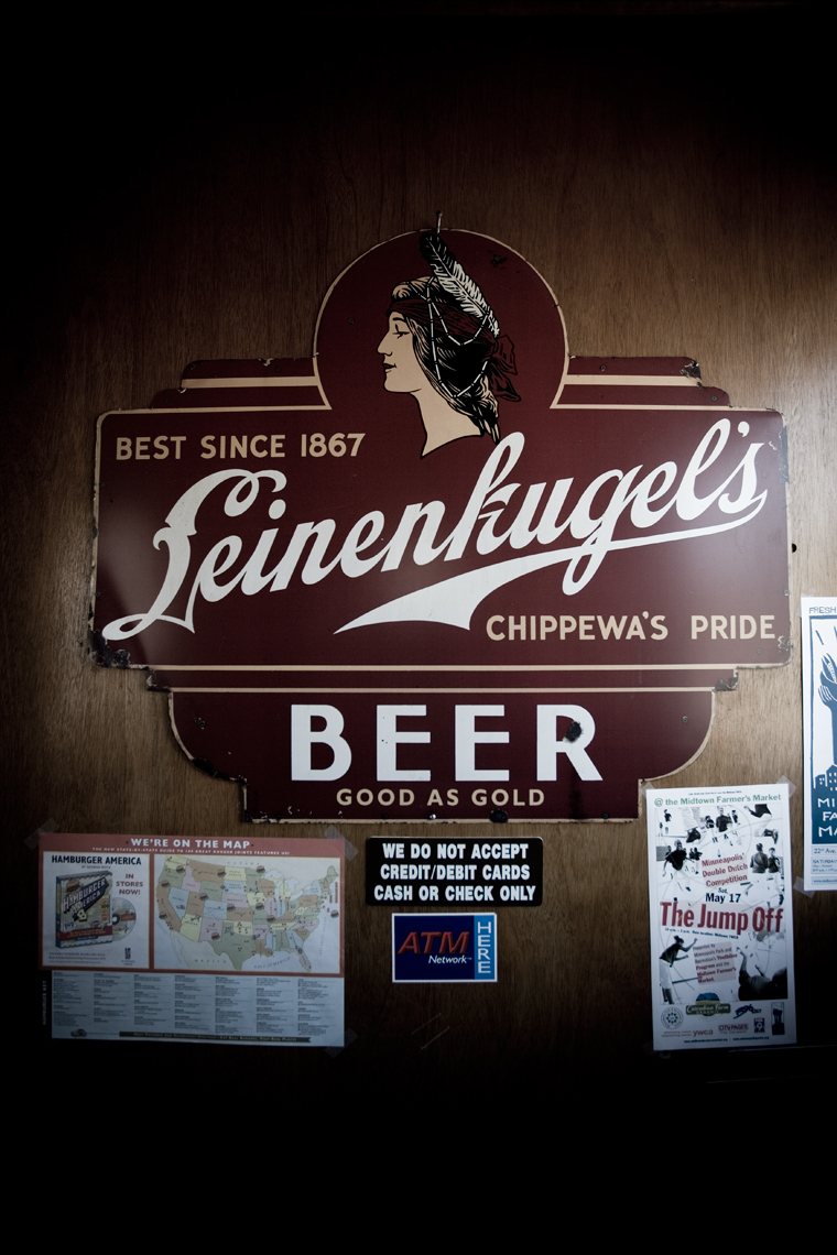 Matts-Interior-Beer-Sign_webres